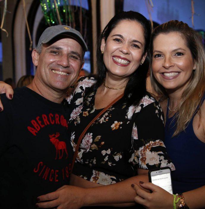 Gustavo Camnpelo, Ana Adelaide E Carol Maia