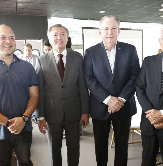 Heitor Freire, Mauricio Filizola, Ricardo Cavalcante E Flavio Saboya