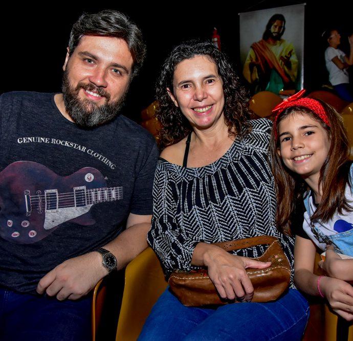 Ildo Mota, Ertenha Glauce E Sophia Queiroz