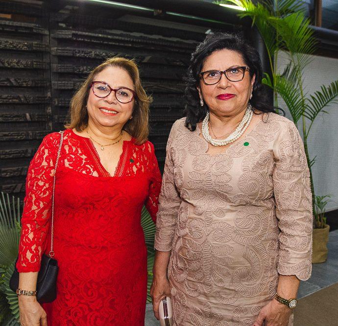 Iraneide Moura E Nailde Pinheiro
