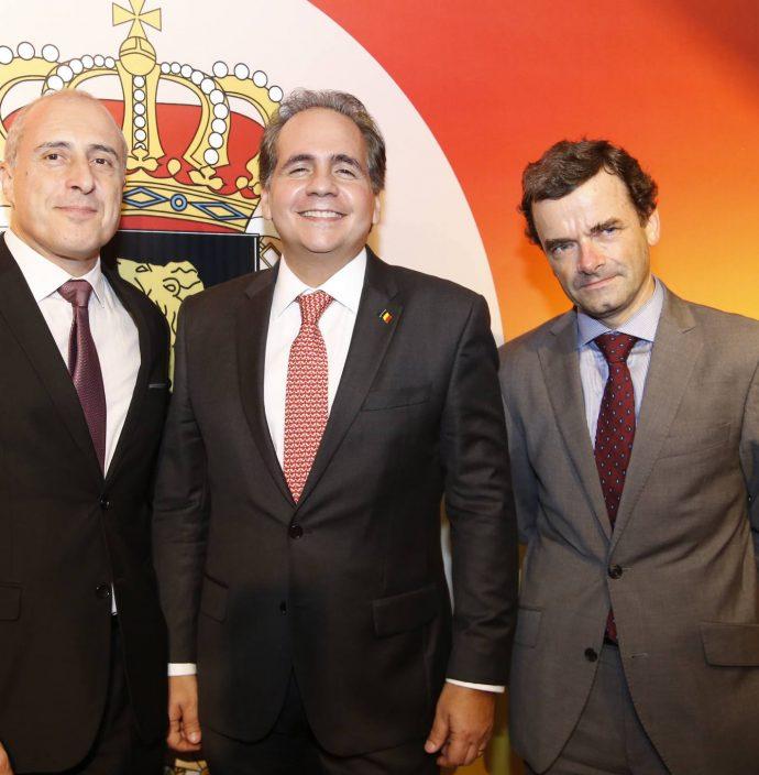 Jean Paul Charlier, Ricardo Bacelar E E Patrick Herman