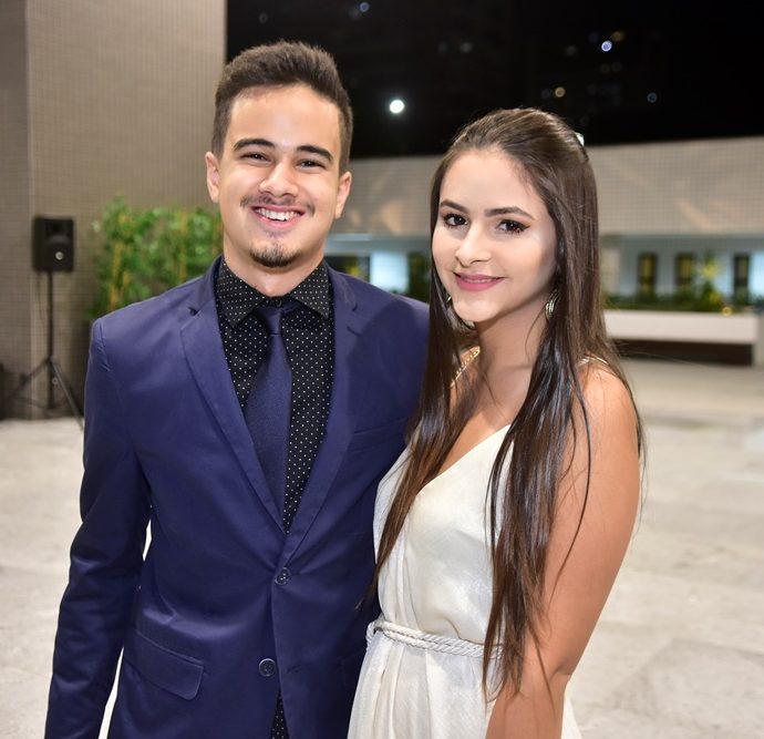 João Victor Vasconcelos E Sofia Siqueira