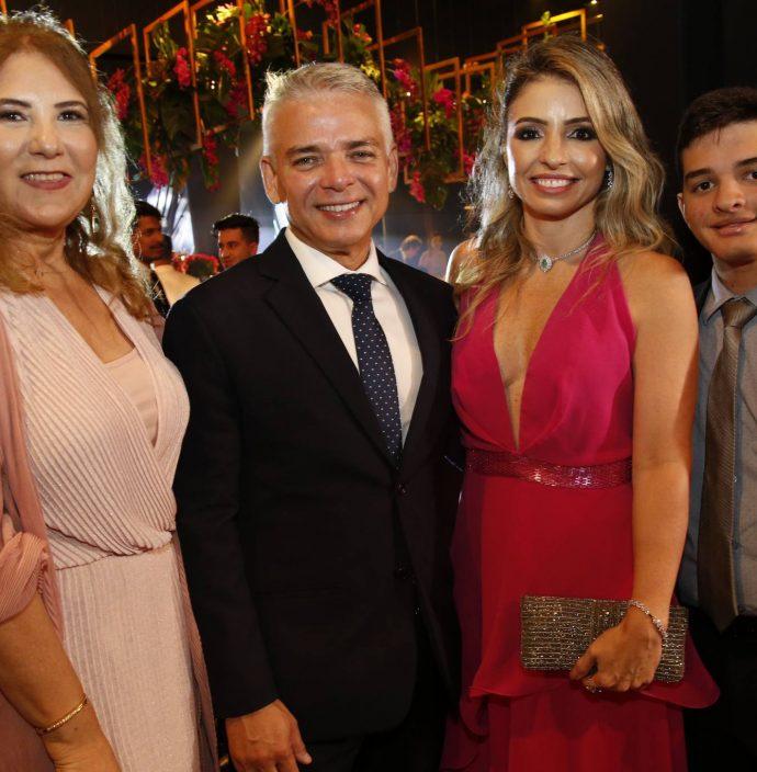 Joria Araripe, Cristiane, Daniele E Victor Peixoto