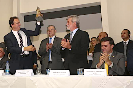 Camilo autoriza construção do teleférico do Horto