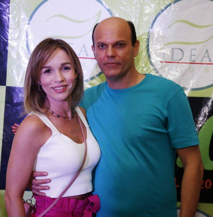 Karina E Ailton Cabral