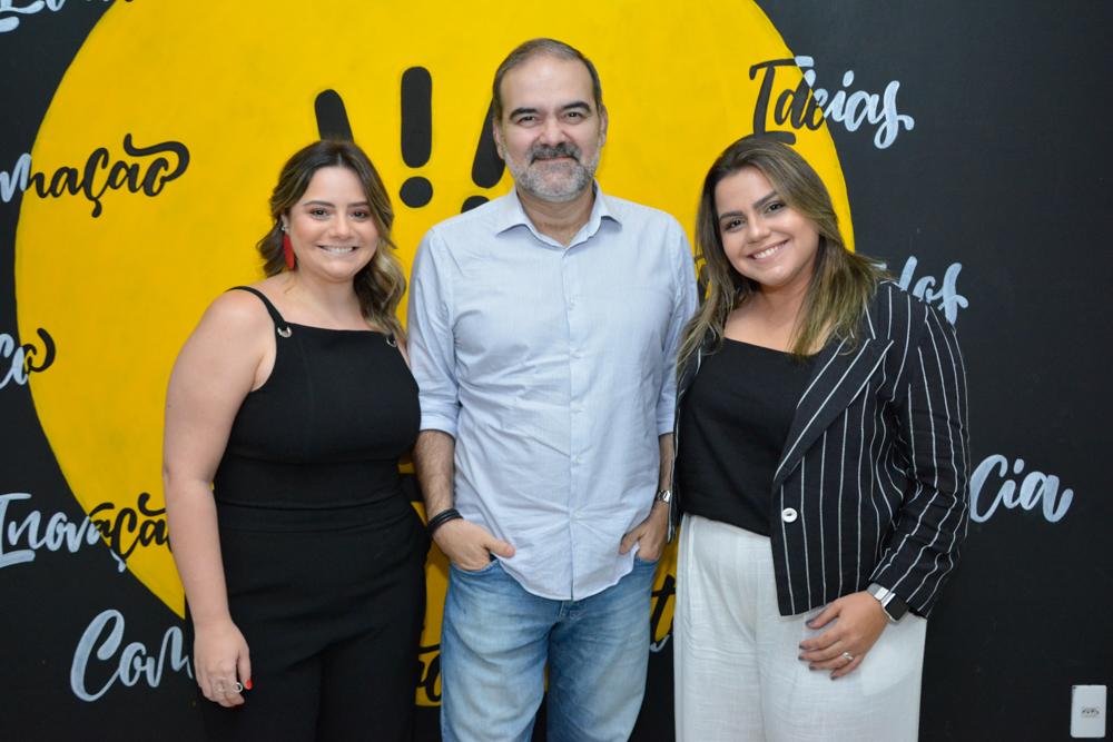 Renata Benevides e Karla Rodrigues recebem Bosco Couto para bate-papo sobre marketing