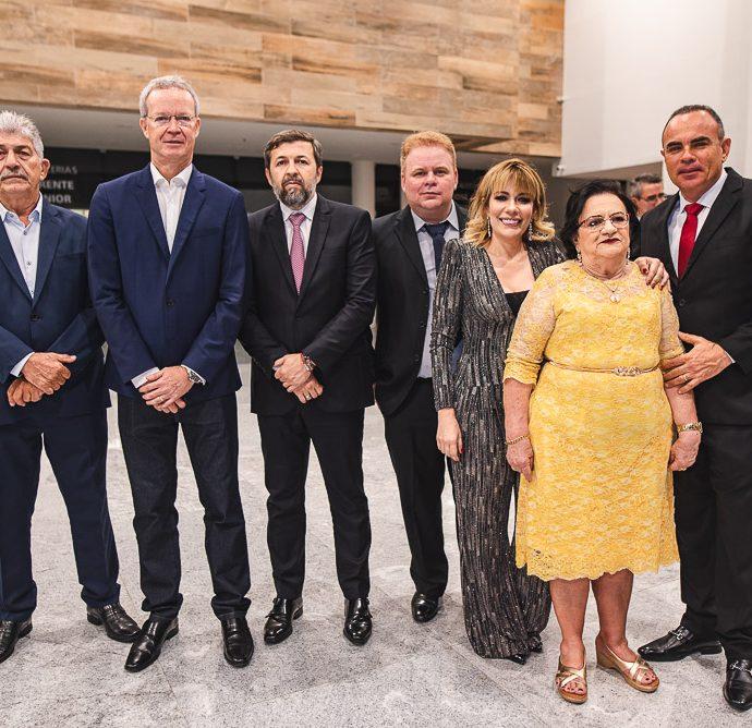 Lelio Matias, Jairo Amorin, Elcio Batista, Jose Claudio, Claudenia Regia, Francisca Vasconcelos E Elano Guilherme