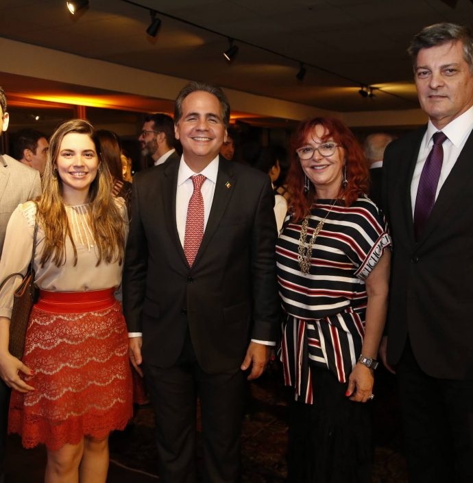 Leonardo Carvalho, Juliana Basttos, Ricardo Bacelar, Gleice Sideau E Cid Marconi