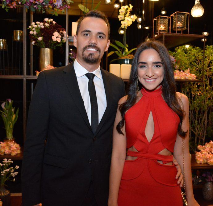 Lucas Andrade E Beatriz Silveira