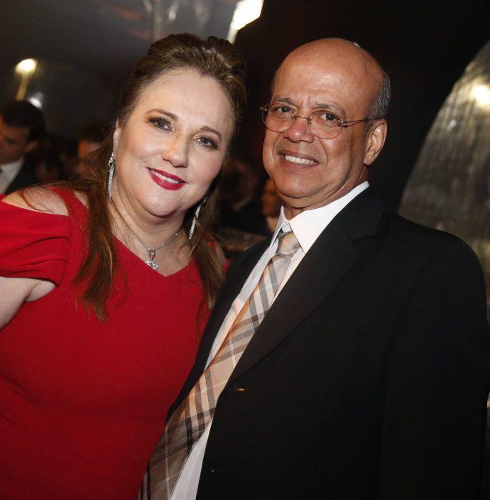 Luiziane E Wagner Fernandes