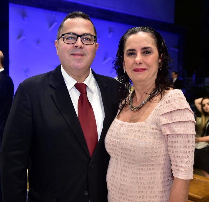 Marcelo Sobreira E Iara Falcão