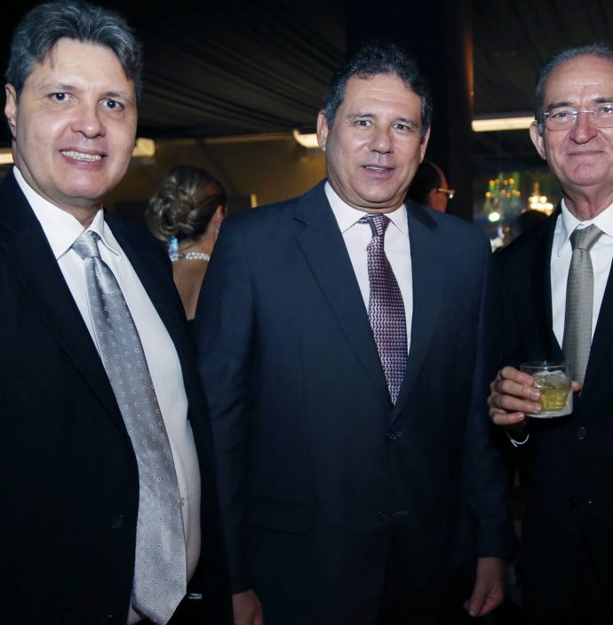 Marcos Oliveira, Marcos Medeiros E Ricardo Brasil