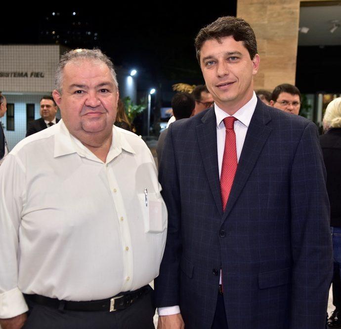 Marcos Soares, André Siqueira