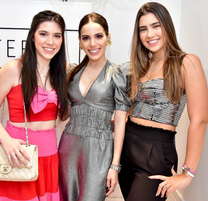 Maria Eduarda Barreira, Nicole Vasconcelos E Susana Geleilate