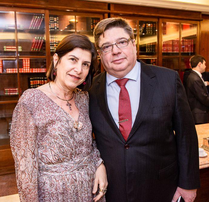 Marieta Barreira E Raul Araujo