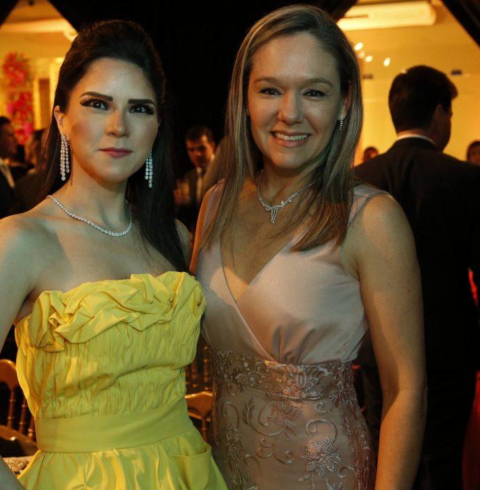 Marilia Vasconcelos E Erica Lima