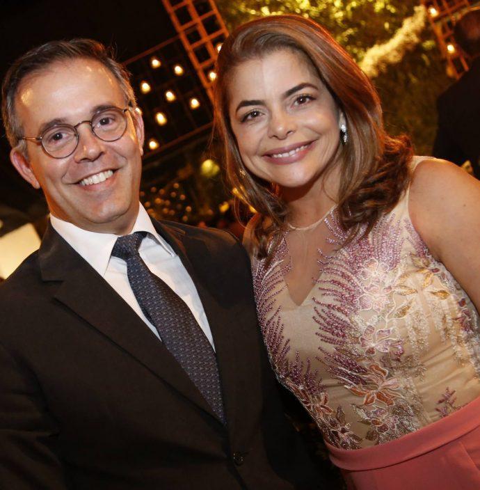 Mario E Cinthia Levy