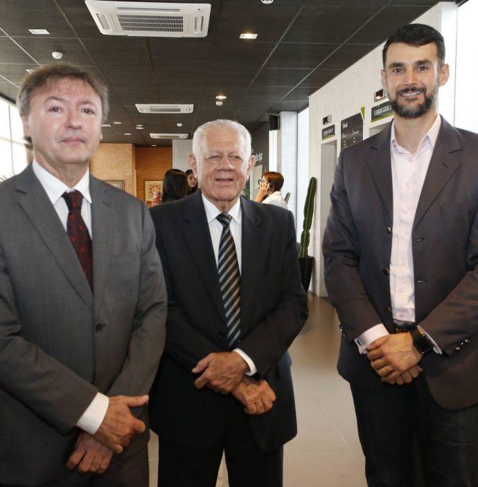 Mauricio Filizola, Flavio Saboya E Dimas Barreira