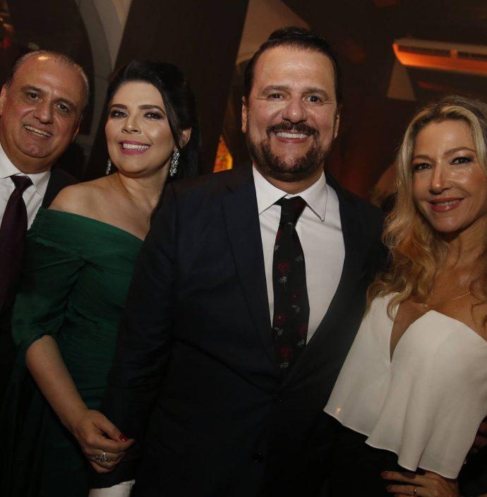 Max, Sellene E Adrizio Camara E Carmen Rangel