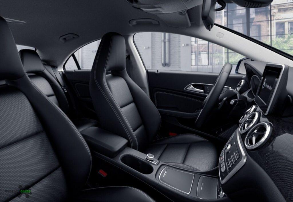 Mercedes Dentro