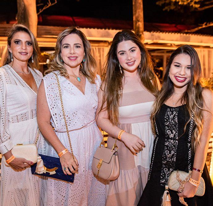 Michelle Aragao, Suyane Dias Branco, Marcela Dias Branco E Eduarda Gadelha