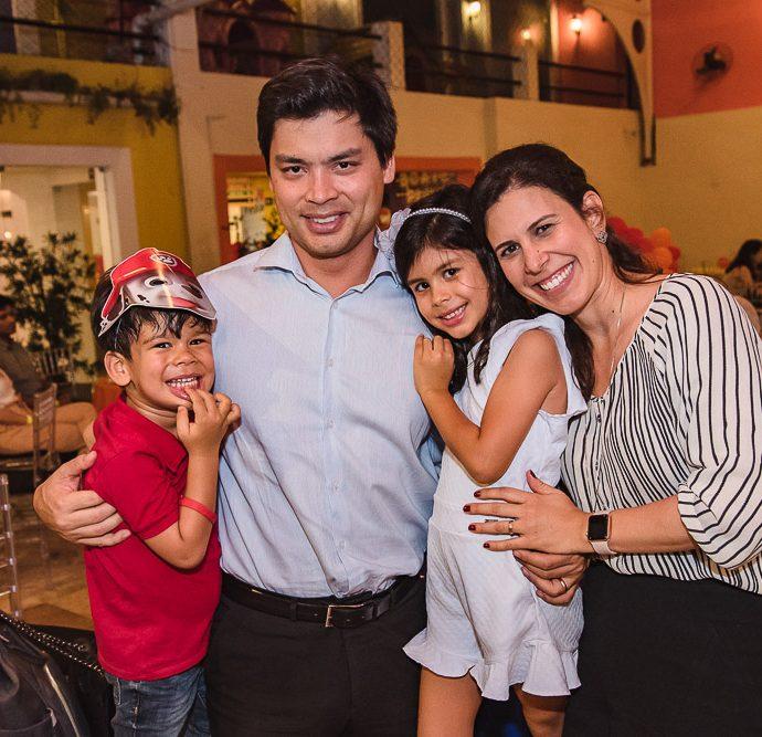 Miguel, Thiago, Rafaela E Gisela Fujiwara