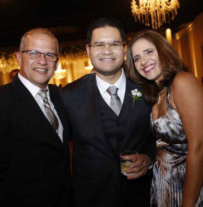 Milton Fernandes, Alexandre Filho E Lisiane Fernandes