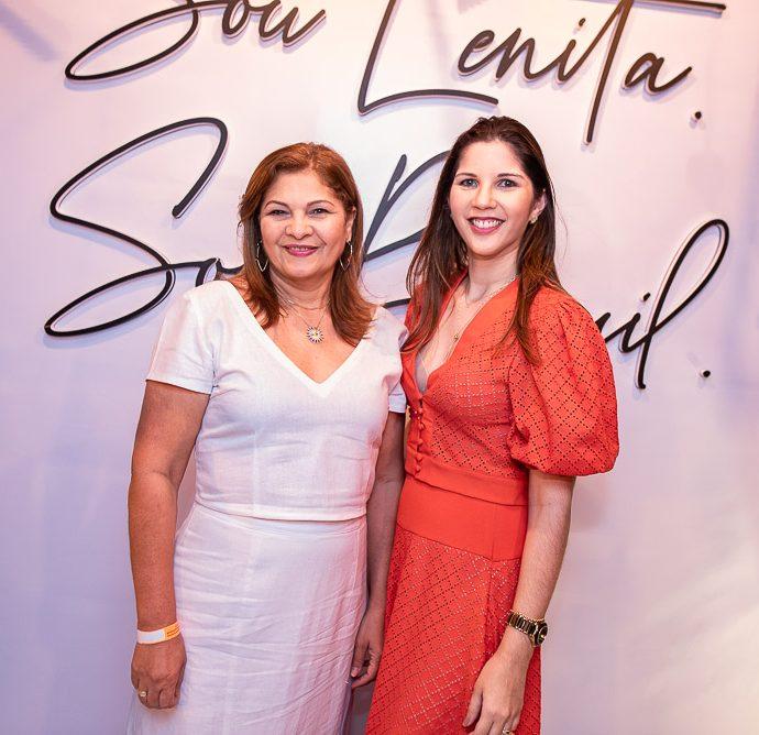 Monica E Taisa Silverio