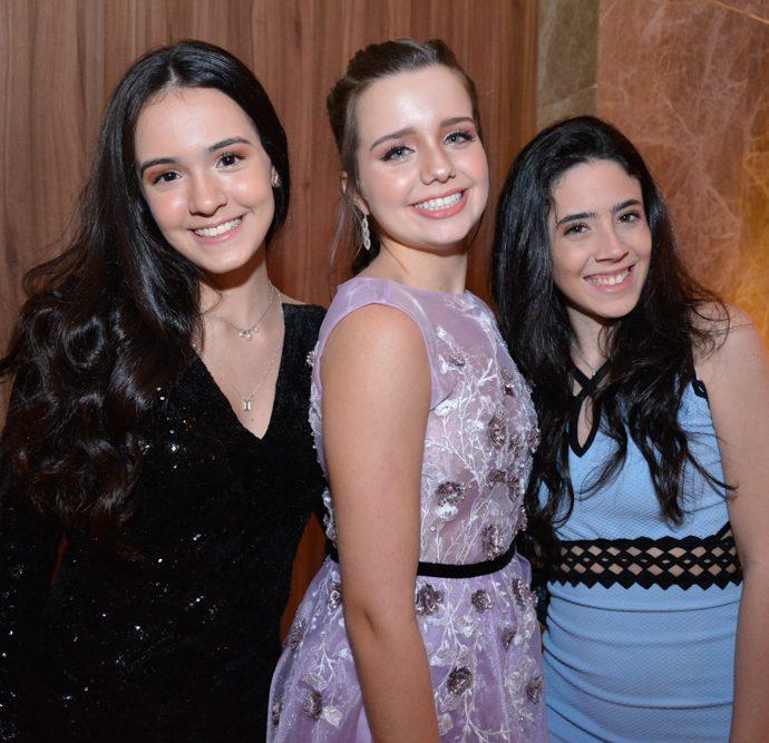 Nicole Feitosa, Beatriz Vicentini E Victoria Freire