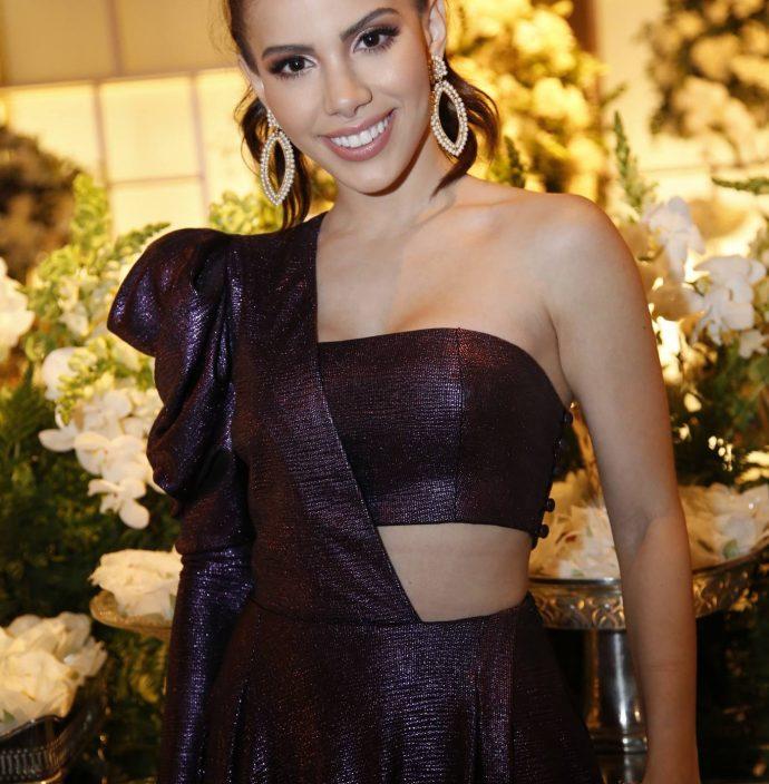 Nicole Vasconcelos 1