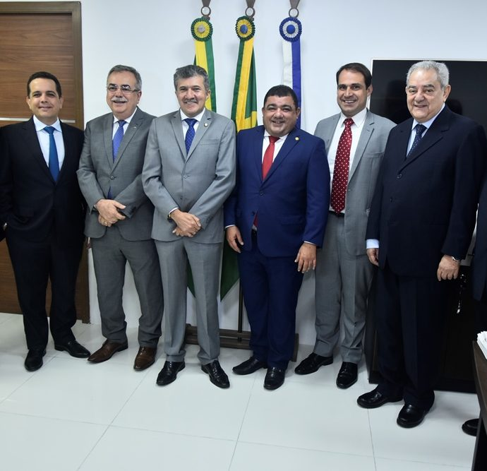 Onorio Pinheiro, Germano Belchior, Assis Cavalcante, Antonio Henrique, Raimundo Filho, Salmito, Adail Fontenele, Boris