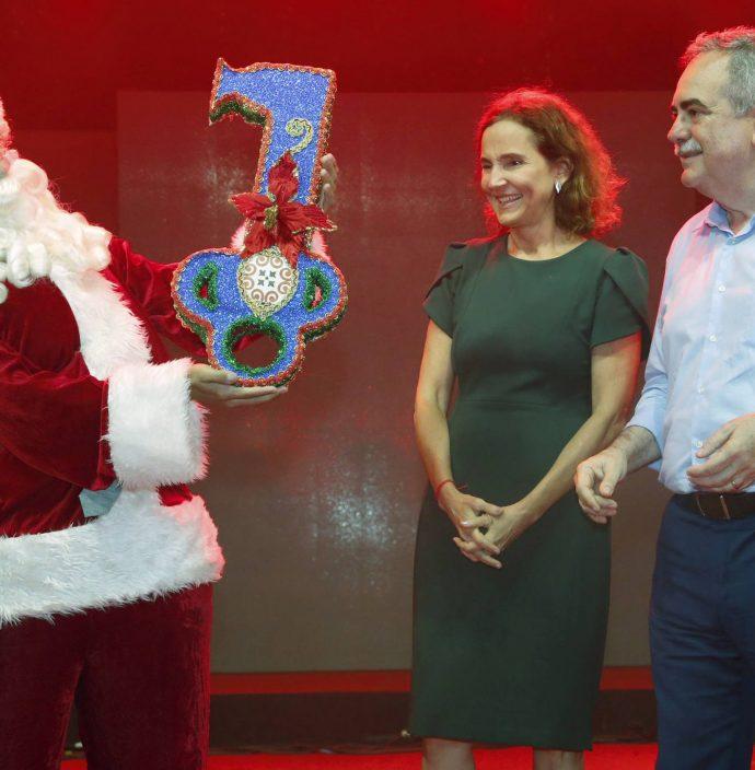 Papai Noel, Izolda Cela E Assis Cavalcante