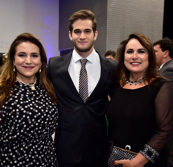 Patricia Macedo, Ravi Macedo, Ana Luiza Costa Lima