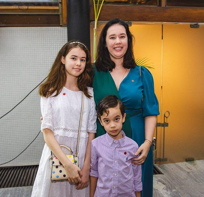 Priscila, Isabela E Eduardo Gutierrez