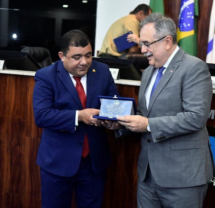 Raimundo Filho, Assis Cavalcante