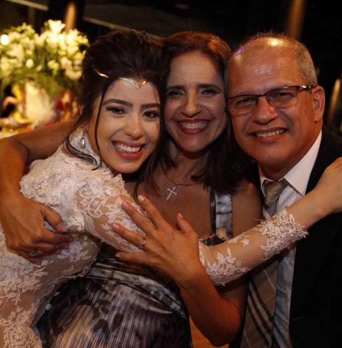 Rayssa Cavalcante, Lisiane E Milton Fernandes