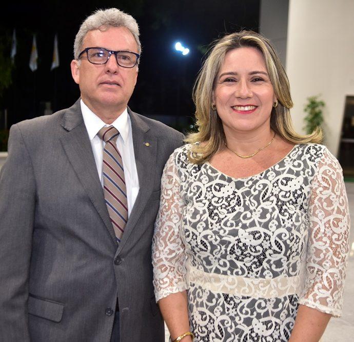 Regis E Luciana Mota