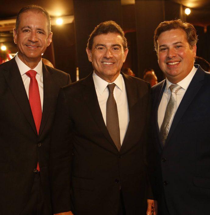 Regis Medeiros, Alexandre Pereira E Samuel Dias