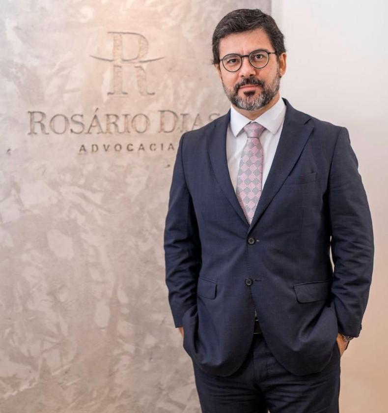 Rosário Dias é listado entre os advogados mais admirados do Brasil