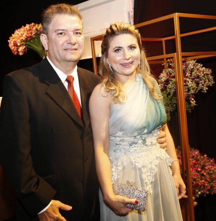 Renato E Pollyana Almeida