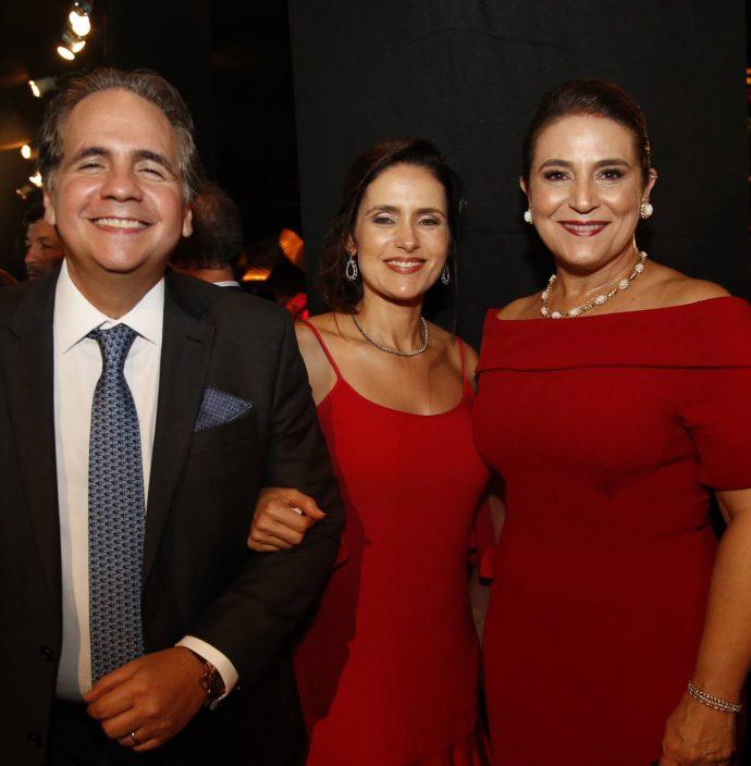 Ricardo E Manoela Bacelar E Patricia Macedo