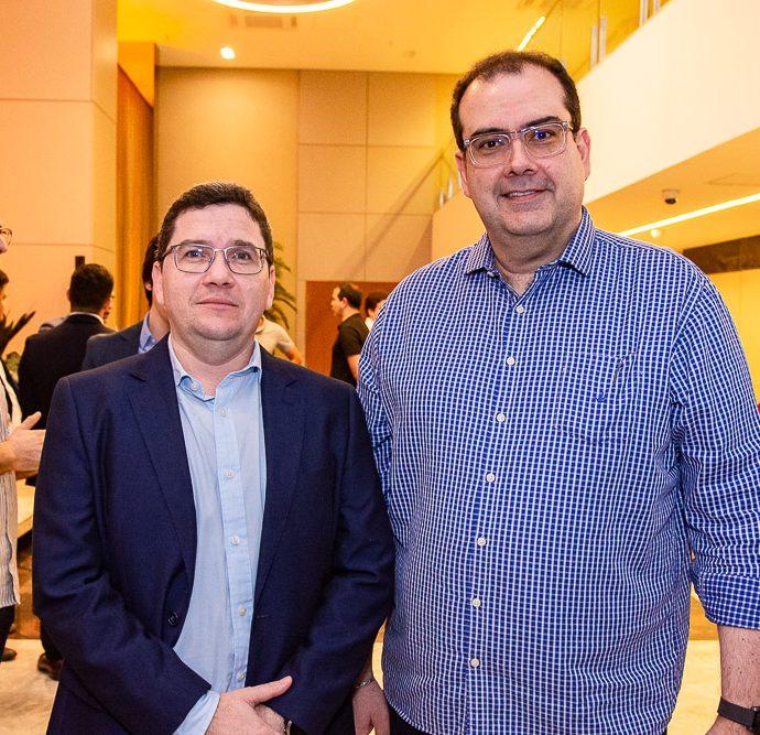 Ricardo Viana E Delano Macedo