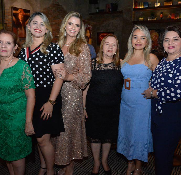 Rita E Tatiana Monteiro, Tais Pinto, Orminda E Camila Teixeira E Renata Clementino