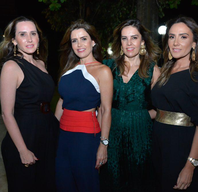 Roberta, Patricia E Rosele Nogueira E Renata Oliveira