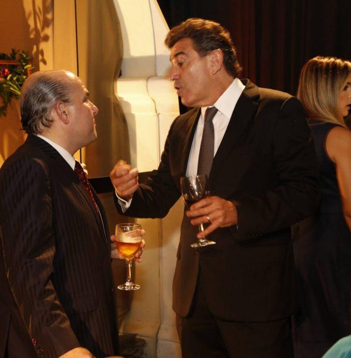 Roberto Claudio E Alexandre Pereira