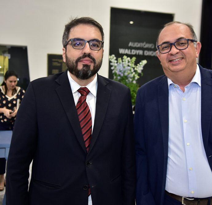Robson Loreiro, Eduardo Moreira
