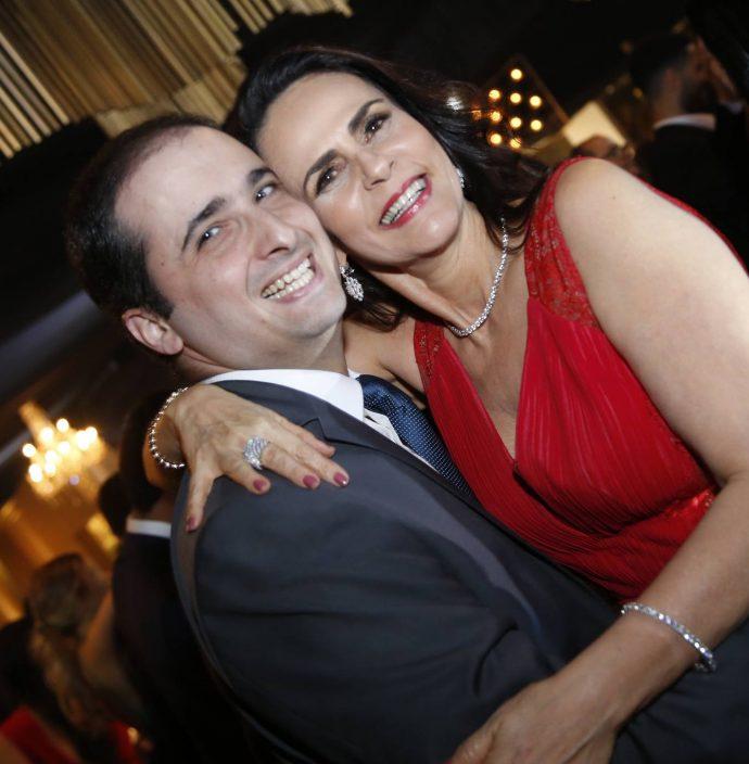 Rodrigo E Catherine Ary