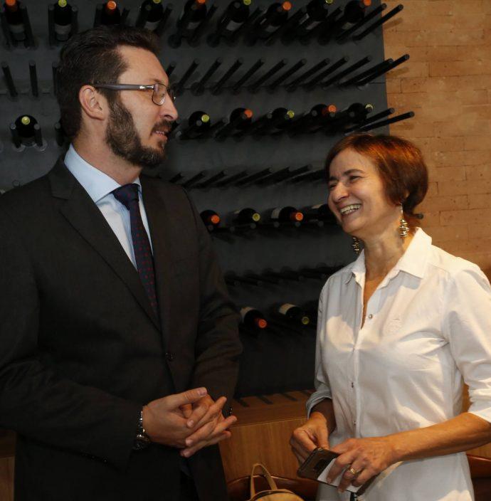 Rodrigo Leite E Raquel Caje