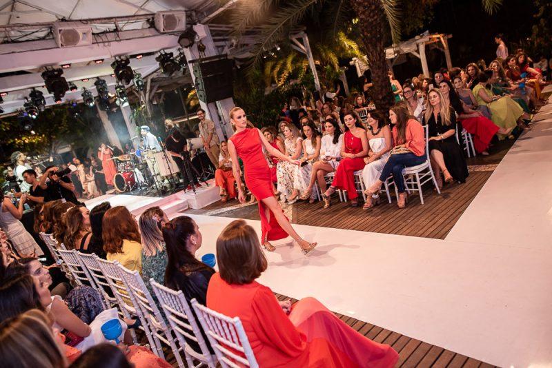 Sou Lenita, Sou Brasil - Lenita apresenta coleção alto verão com desfile especial e show do Grupo Sambô