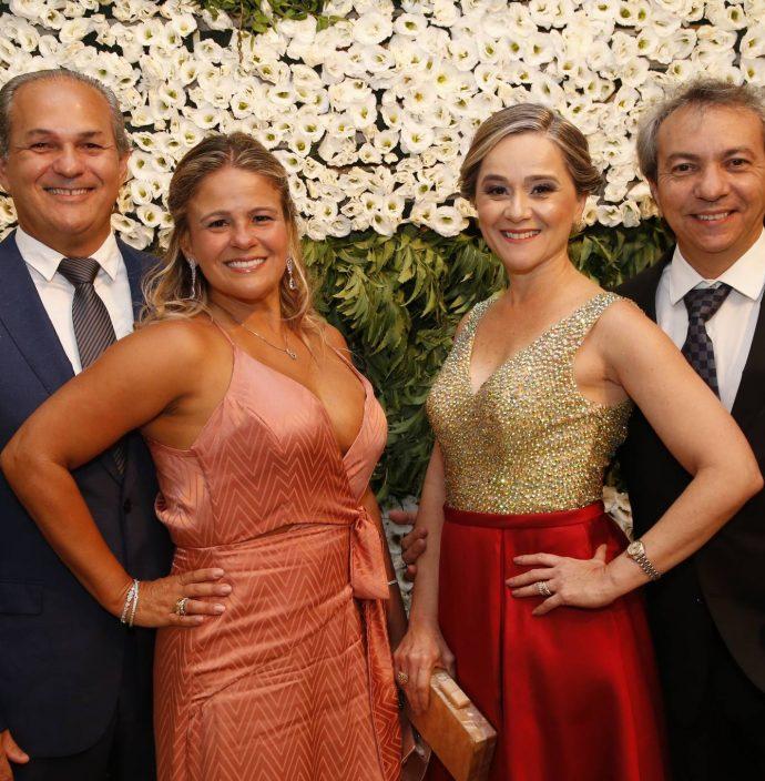 Ronei Vasconcelos, Carol Siqueira, Marcia E Tulio Freitas